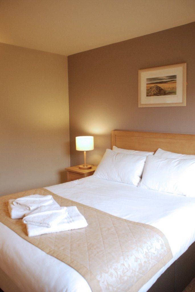 Caldey Lodge Bluestone | The Main Bedroom