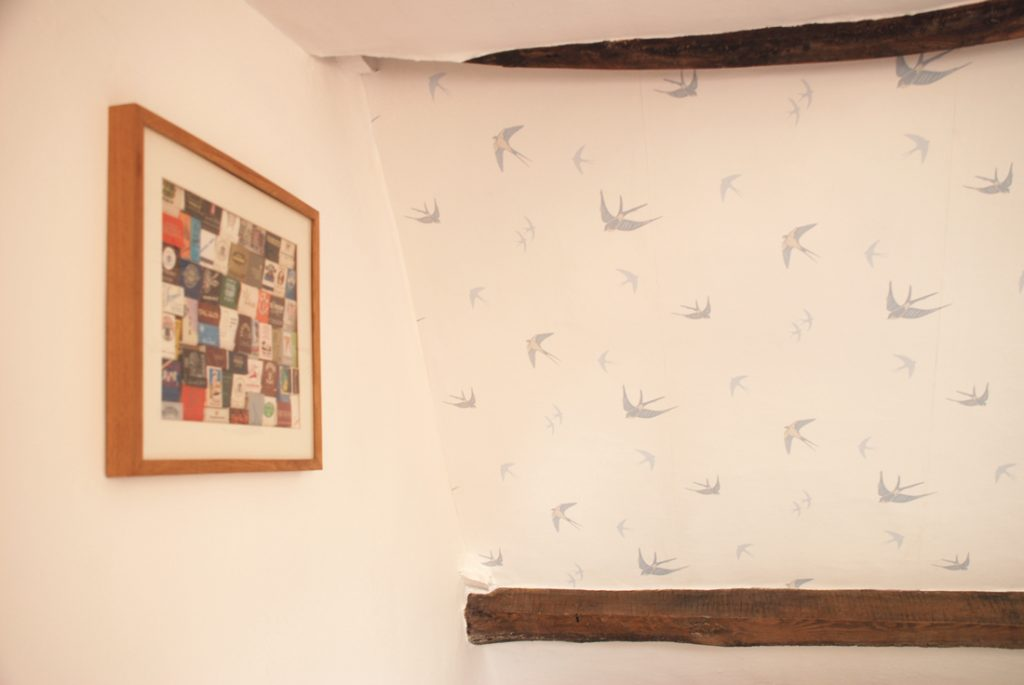 laura_ashley_wallpaper2