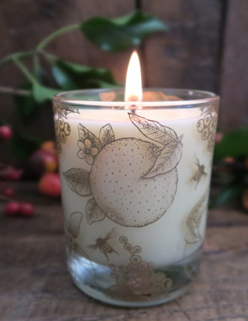 It's beginning to smell a lot like Christmas with Beefayre Candles