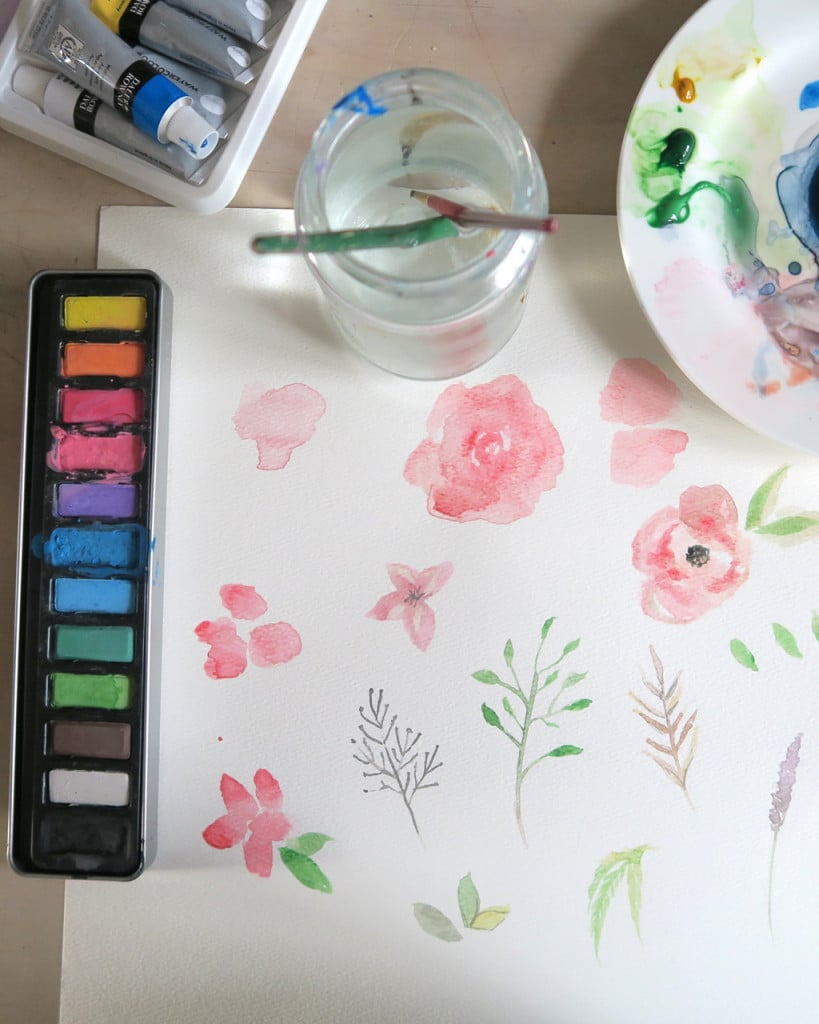 brush lettering with watercolour paint