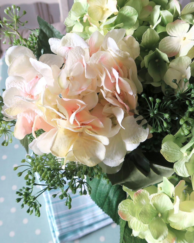 vase_of_flowers_6