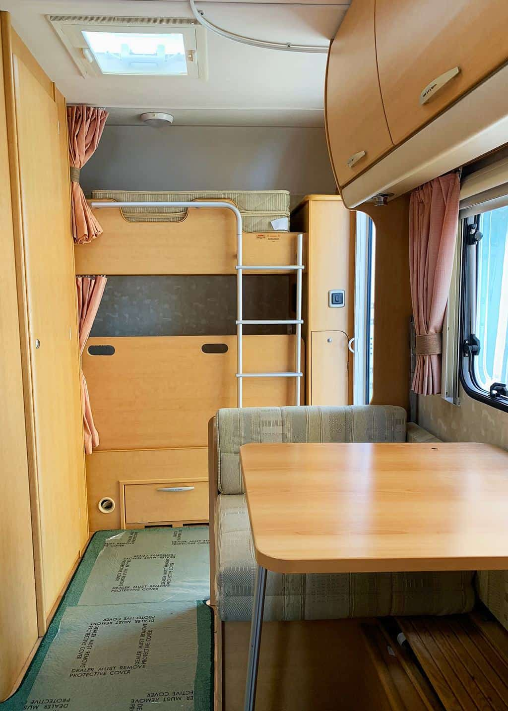 5 Tips on Buying a Second Hand Caravan — know your layout!