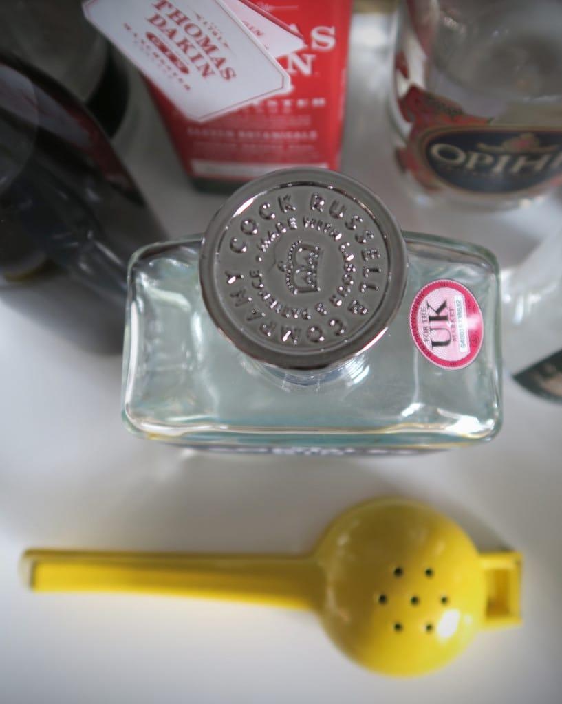 Creating a gin bar at home