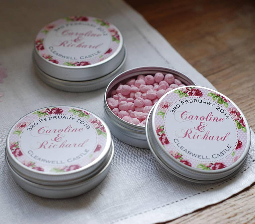 wedding-styling-wedding-favour-tins-and-wedding-papercuts-from-mooks