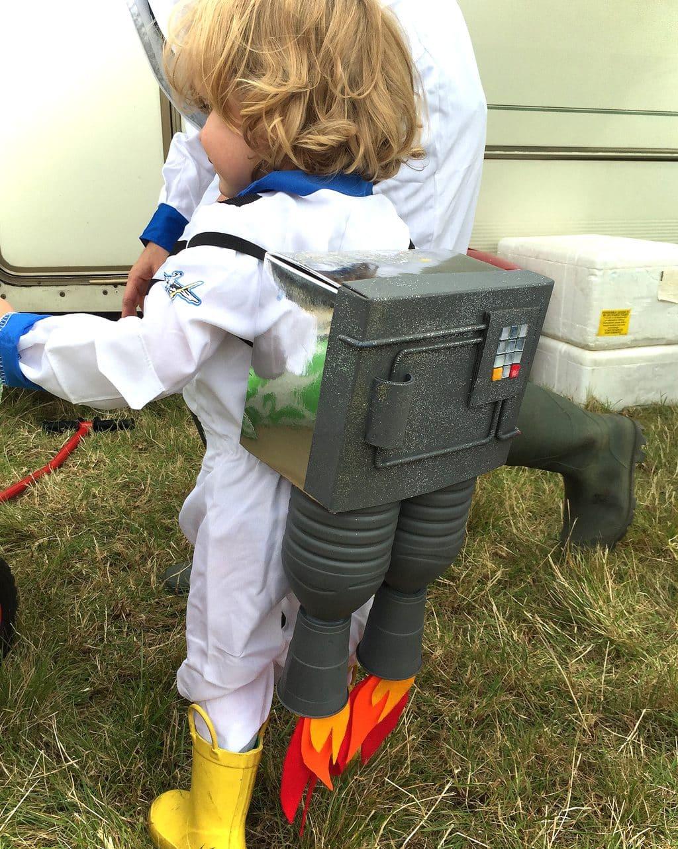 how-to-make-a-rocketpack-bottles-bert