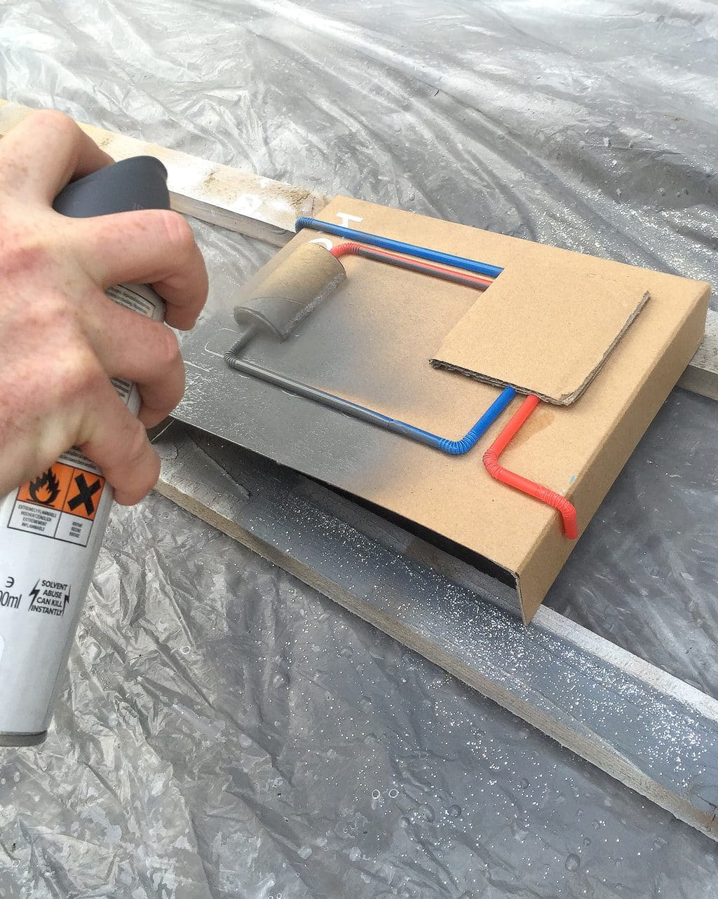 how-to-make-a-rocketpack-spraying-2