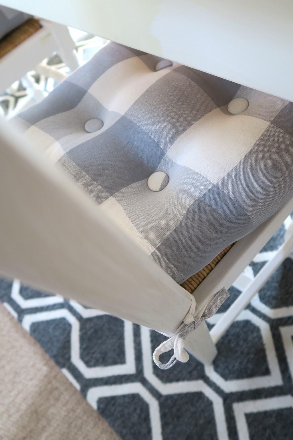 check_cushion