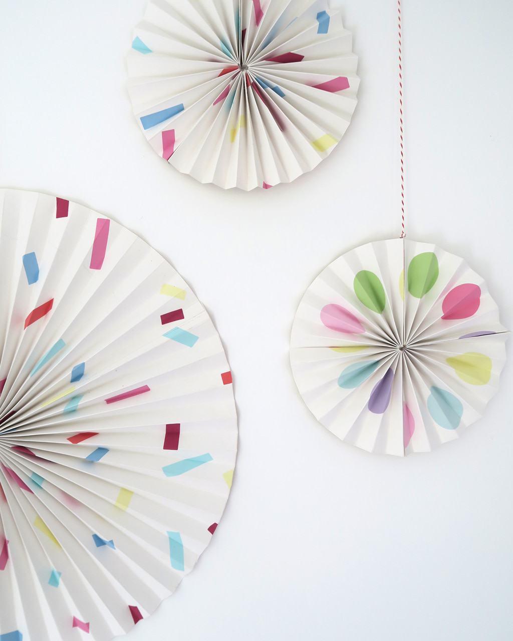 paper-circle-fan-hanging2