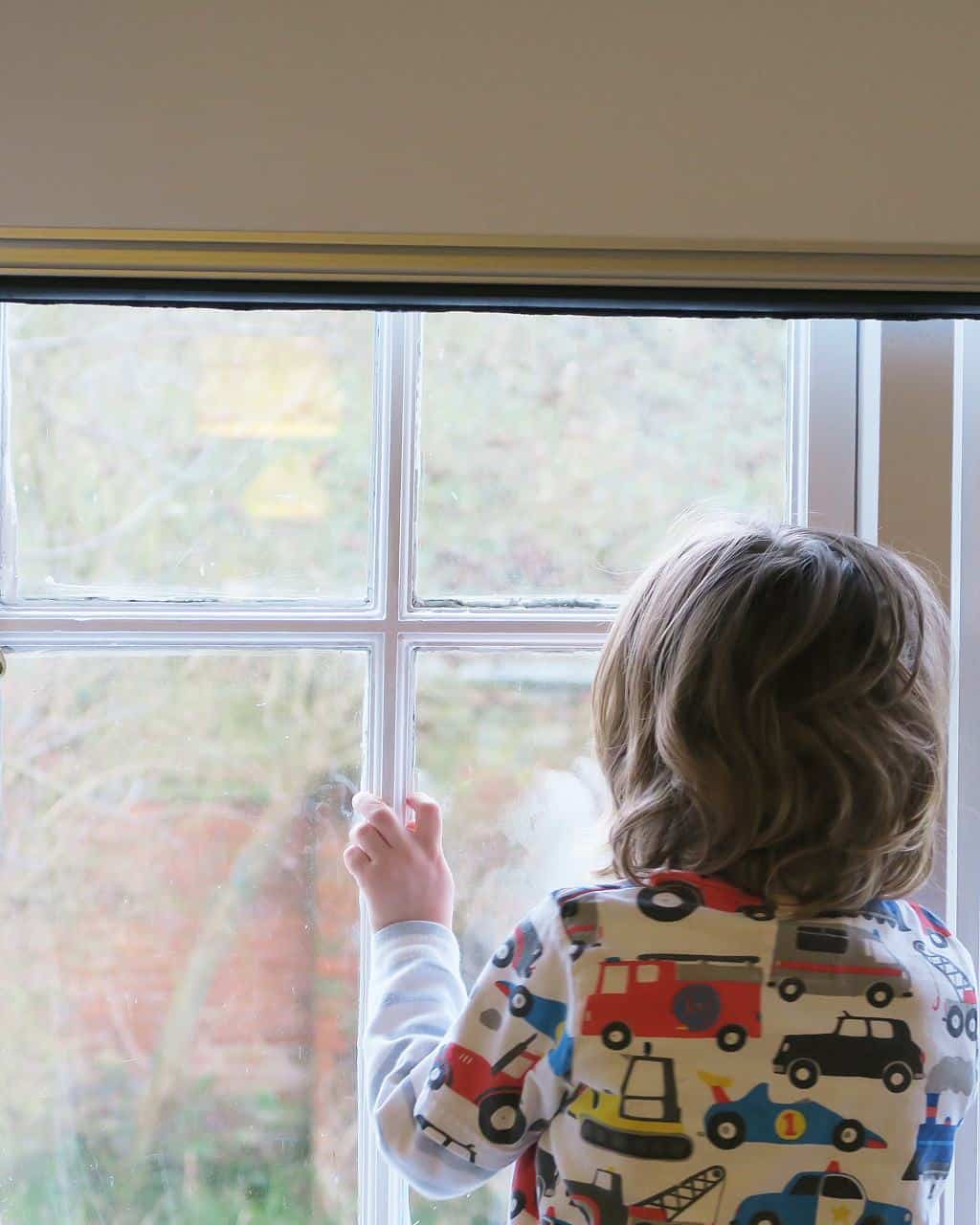 total blackout blinds are a must for children's rooms