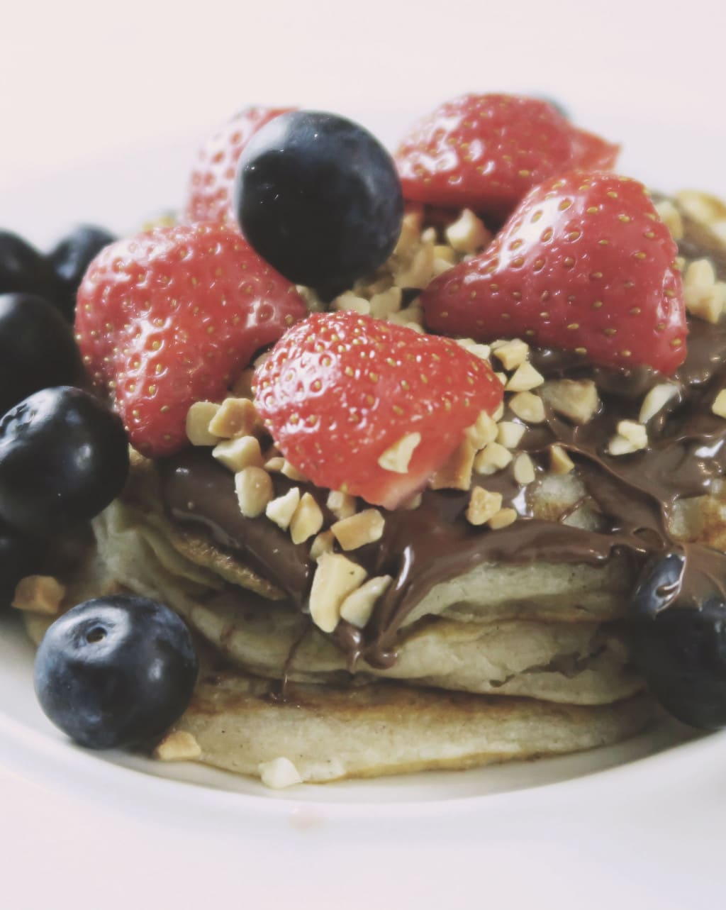 The Best Eggless Pancake Recipe EVER {Featuring Nutella}
