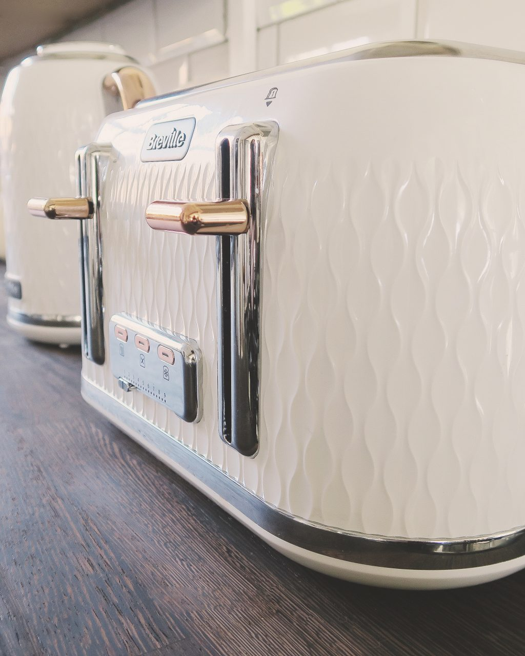 Breville Curve Toaster and Kettle