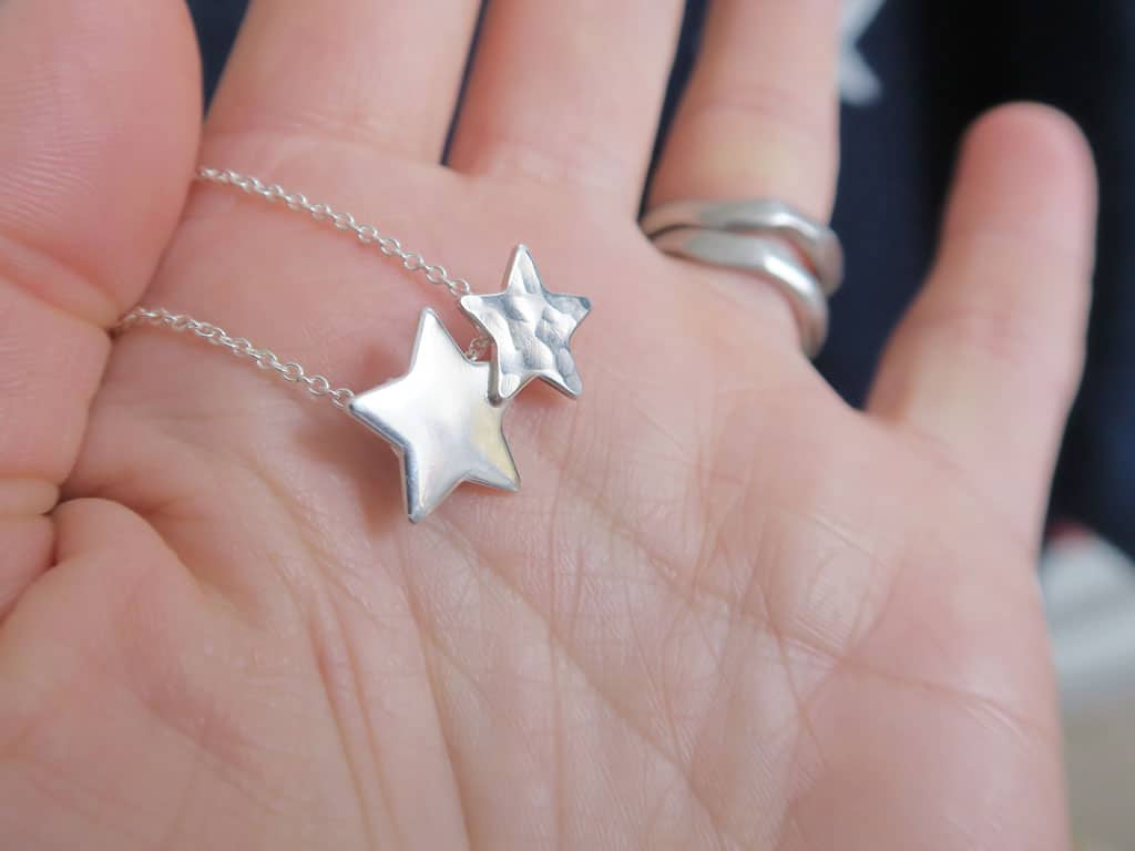Beautiful twin star necklace from Walter & May