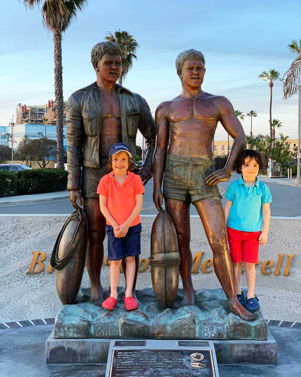 The statue of Bill and Bob Meistrell — inventors of the wet-suit