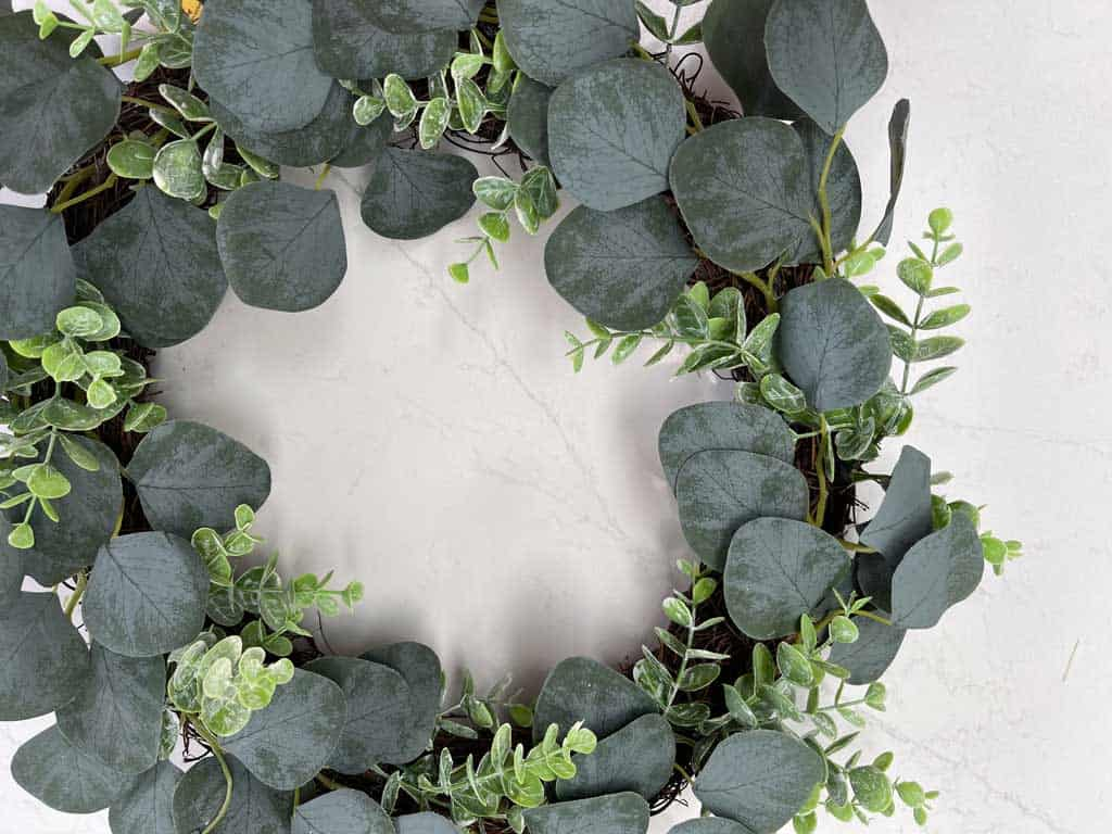 An easy tutorial to make a faux Tulip Wreath DIY For Spring