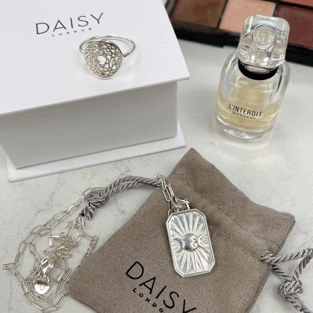 Everyday Luxuries: Gifts For Her. These lovely jewellery items from Daisy London are a real treat.